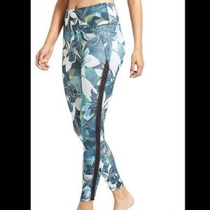 Athleta Tropical Chaturanga 7/8 Tights
